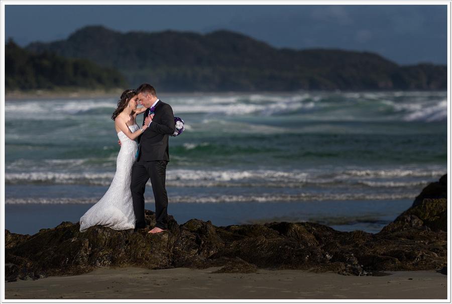 Chesterman Beach wedding couple