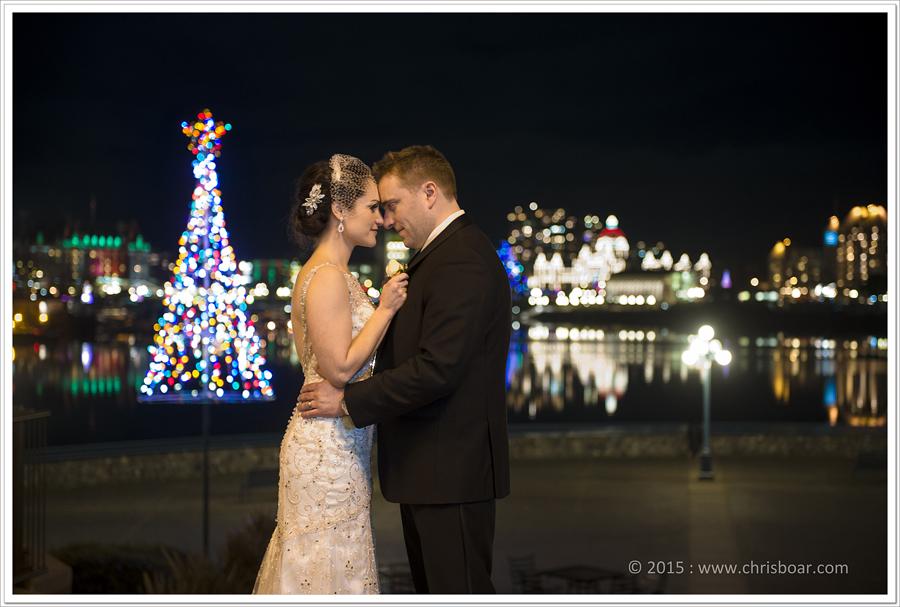 victoria-christmas-lights-bride-groom