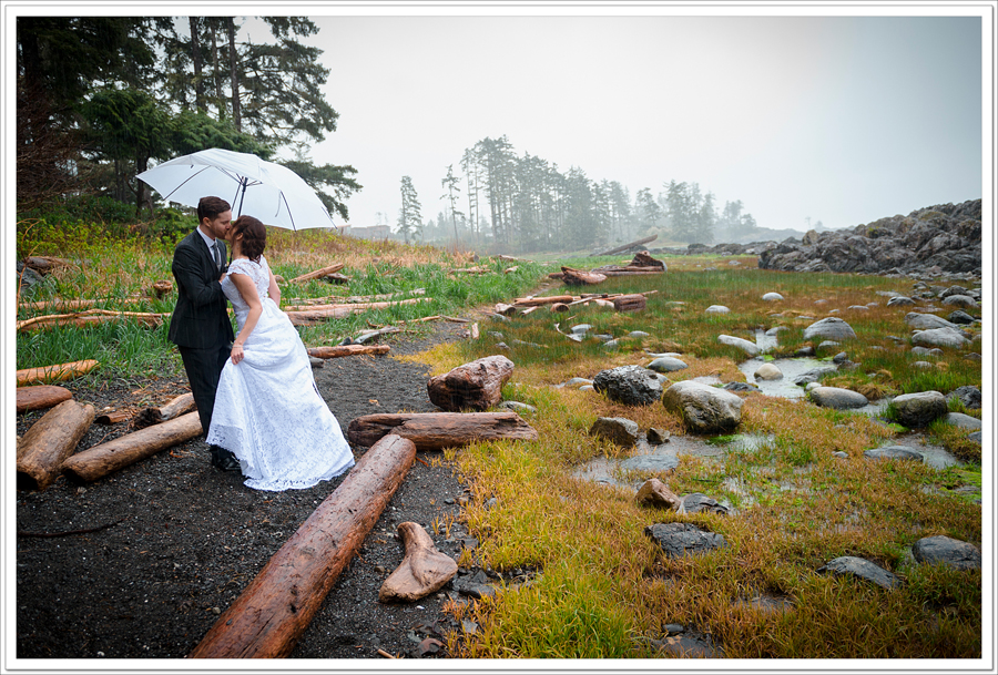 Ucluelet bride and groom