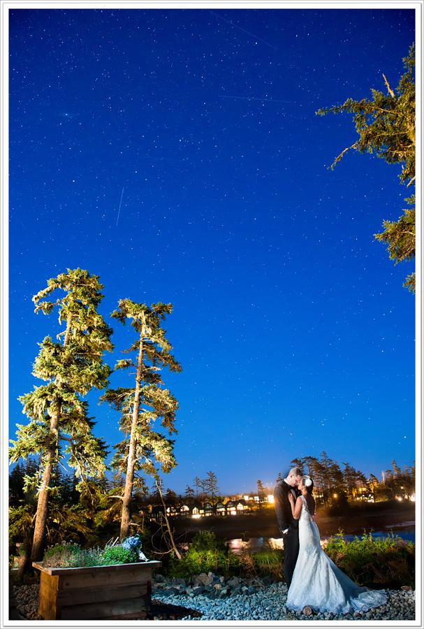 Ucluelet Starlit wedding couple
