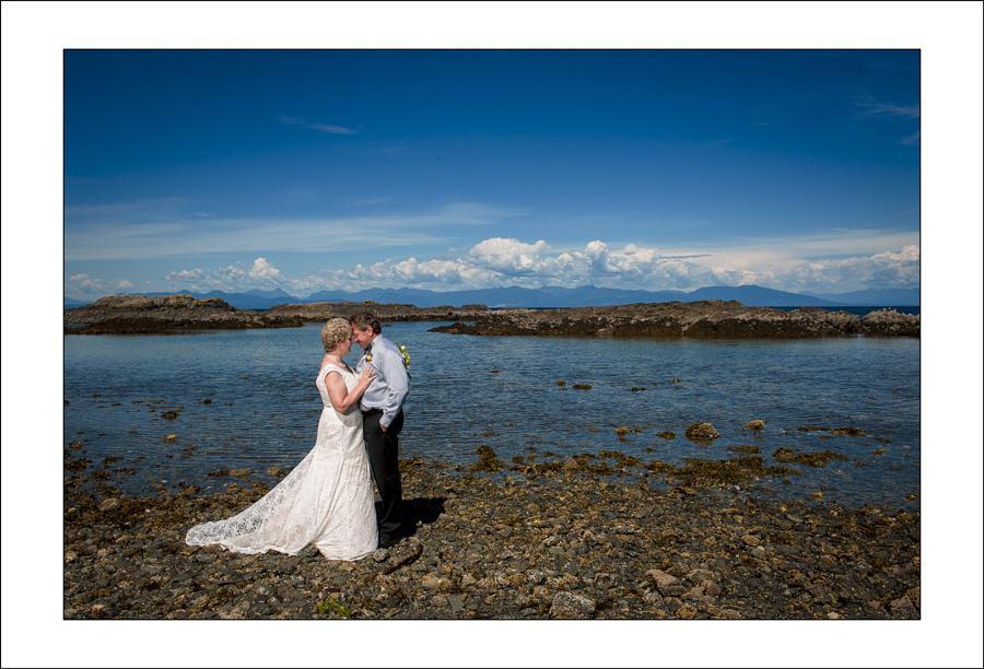 Nanaimo Neck Point wedding photo C&T 1