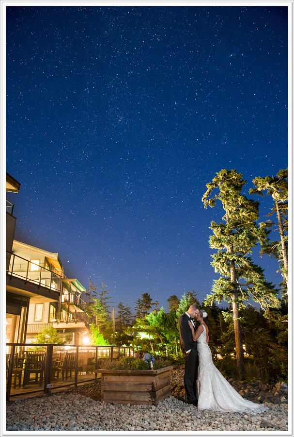 Black_Rock_Resort_stars_bride_groom