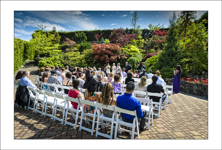 Arbutus Ridge Golf club Duncan BC wedding photos 2