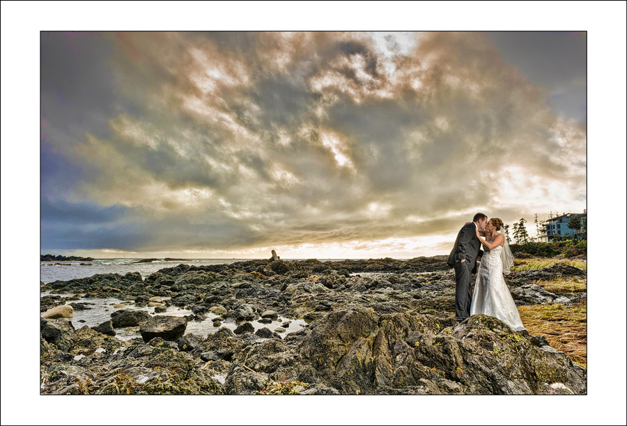 Ucluelet Black Rock wedding photo J&R 1